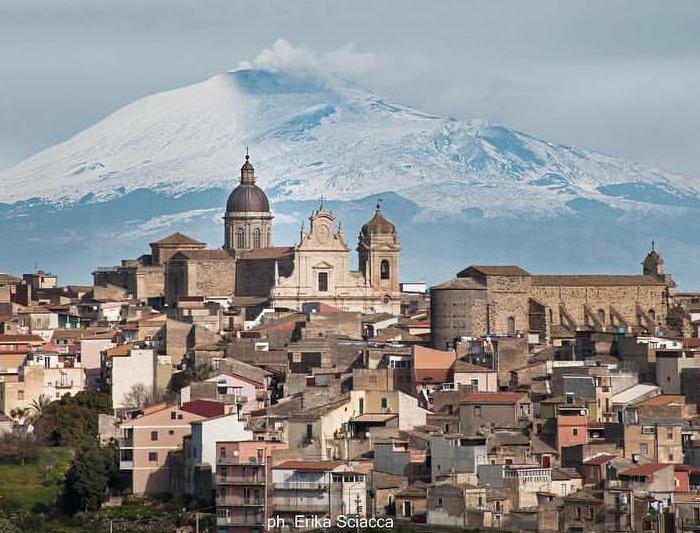 Catania, A Láva és Az Elefánt Városa
