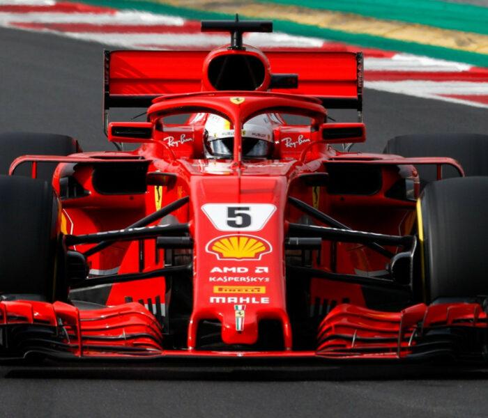 A Dóm Tér Megtelt Ferrarikkal, 90 éves A Scuderia Ferrari