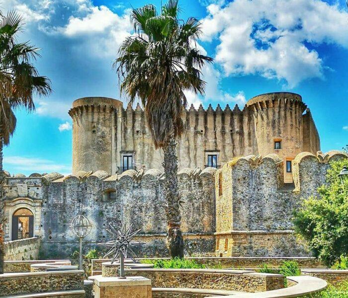 Calabria Várkastélyai Nyomában
